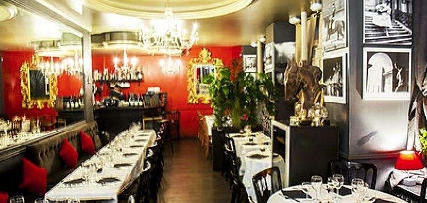 L'ardoise gourmande, le meilleur de la gastronomie française a 5 minutes a pieds de l'Hôtel Hor.