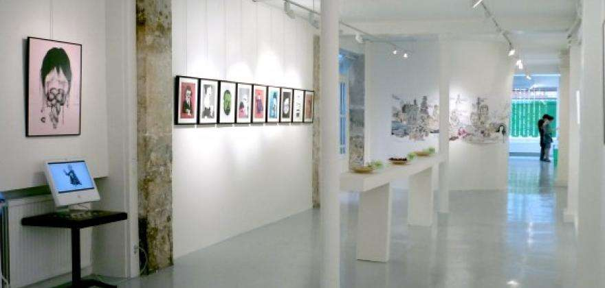 The art galleries close to HOTEL HOR